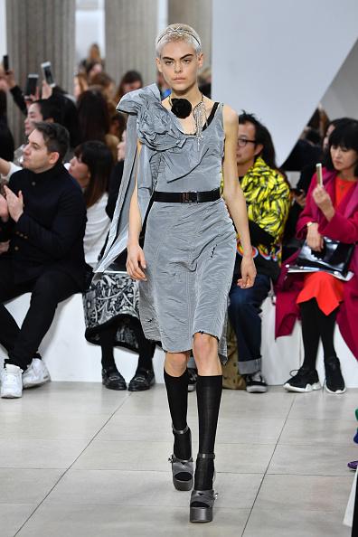 Miu Miu「Miu Miu : Runway - Paris Fashion Week Womenswear Spring/Summer 2019」:写真・画像(17)[壁紙.com]