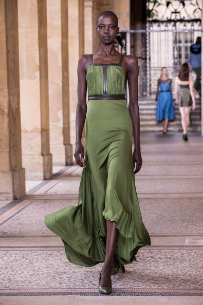 Strap「Didit HEDIPRASETYO : Runway - Paris Fashion Week : Haute-Couture Fall/Winter 2014-2015」:写真・画像(8)[壁紙.com]