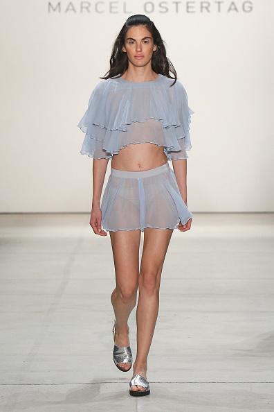 Blue Shorts「Marcel Ostertag S/S 2017 Collection - Runway - New York Fashion Week」:写真・画像(4)[壁紙.com]
