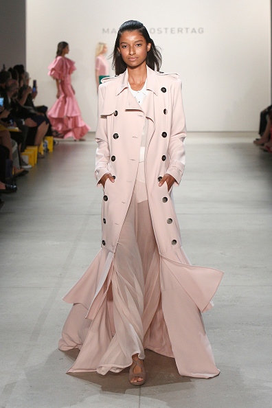 Pale Pink「Marcel Ostertag S/S 2017 Collection - Runway - New York Fashion Week」:写真・画像(15)[壁紙.com]