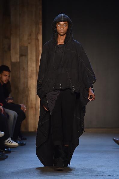 Jacopo Raule「Greg Lauren -Runway - Mercedes-Benz Fashion Week Fall 2015」:写真・画像(11)[壁紙.com]