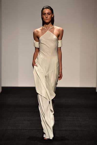 Dress Over Pants「Ashkar Line - Runway - Mercedes-Benz Fashion Week Australia 2015」:写真・画像(17)[壁紙.com]