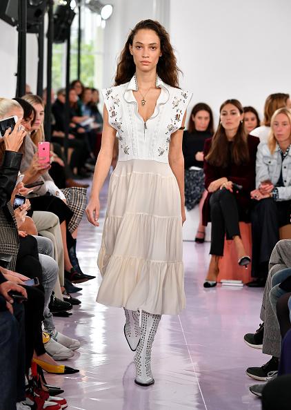 Chloe - Designer Label「Chloe : Runway - Paris   Fashion Week Womenswear Spring/Summer 2018」:写真・画像(16)[壁紙.com]