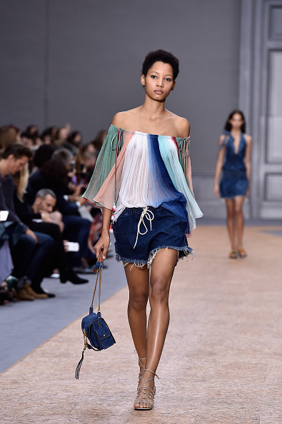 春夏コレクション「Chloe : Runway - Paris Fashion Week Womenswear Spring/Summer 2016」:写真・画像(15)[壁紙.com]