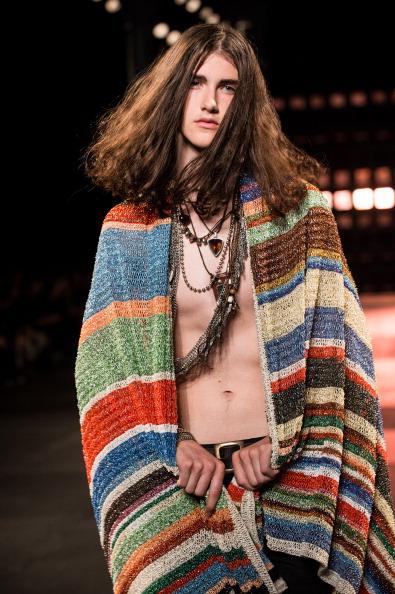 Francois Durand「Saint Laurent : Runway - Paris Fashion Week - Menswear S/S 2015」:写真・画像(17)[壁紙.com]