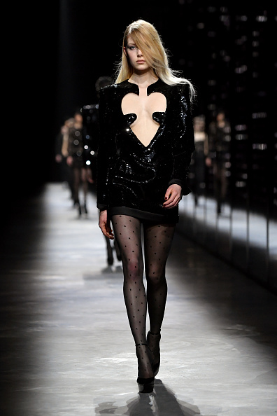 ハート「Saint Laurent : Runway - Paris Fashion Week Womenswear Fall/Winter 2019/2020」:写真・画像(18)[壁紙.com]