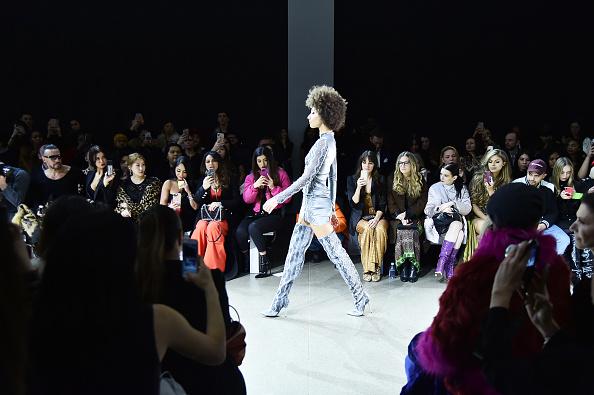ニューヨークファッションウィーク「Afffair - Front Row - February 2019 - New York Fashion Week: The Shows」:写真・画像(7)[壁紙.com]
