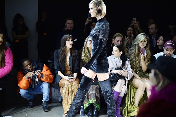 ニューヨークファッションウィーク「Afffair - Front Row - February 2019 - New York Fashion Week: The Shows」:写真・画像(9)[壁紙.com]