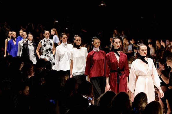 Lisa Maree Williams「Tome - Runway - Mercedes-Benz Fashion Week Australia 2015」:写真・画像(10)[壁紙.com]