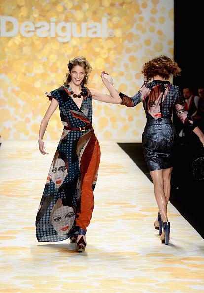 Frazer Harrison「Desigual - Runway - Mercedes-Benz Fashion Week Fall 2014」:写真・画像(10)[壁紙.com]