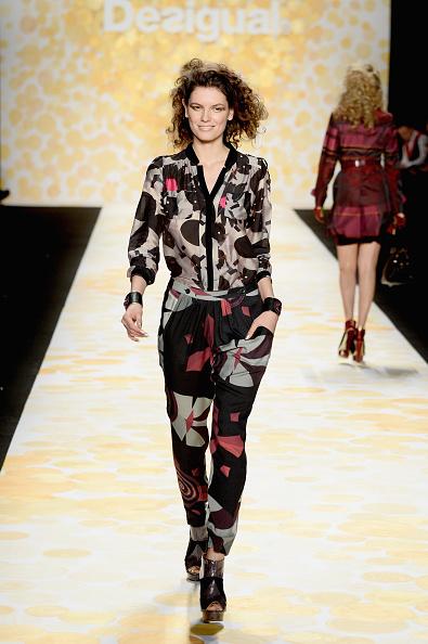 Frazer Harrison「Desigual - Runway - Mercedes-Benz Fashion Week Fall 2014」:写真・画像(7)[壁紙.com]
