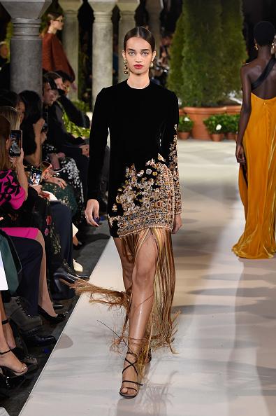 Embroidery「Oscar De La Renta - Runway - February 2019 - New York Fashion Week」:写真・画像(1)[壁紙.com]