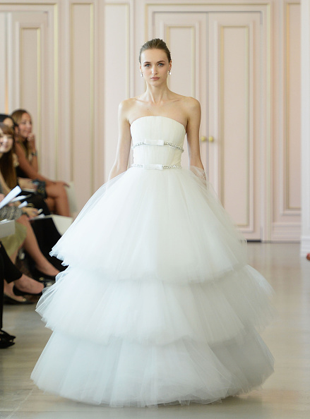 Wedding Dress「Oscar De La Renta Bridal Spring/Summer 2016 Runway Show」:写真・画像(0)[壁紙.com]