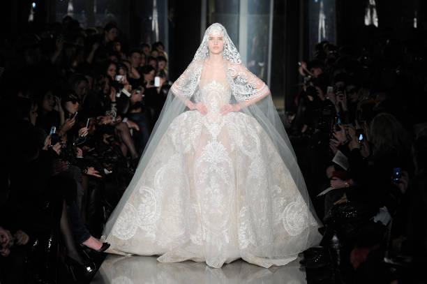 Elie Saab: Runway - Paris Fashion Week Haute-Couture Spring/Summer 2013:ニュース(壁紙.com)