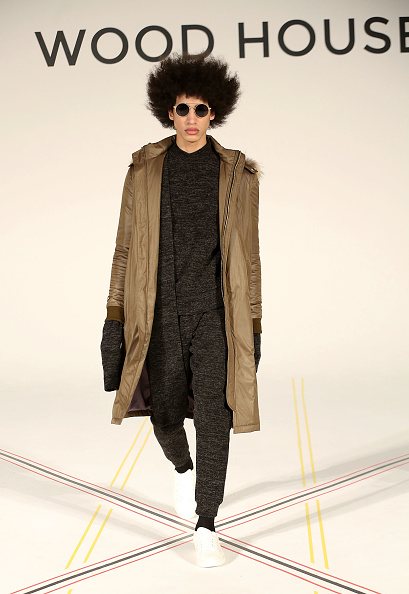 Curly Hair「Wood House - Presentation - NYFW: Men's」:写真・画像(7)[壁紙.com]