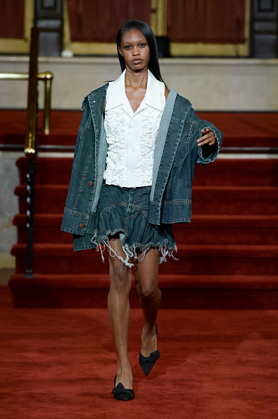 Ruffled Shirt「Vaquera, CDLM/Creatures Of The Wind, And Section 8 - Runway - September 2019 - New York Fashion Week: The Shows」:写真・画像(0)[壁紙.com]