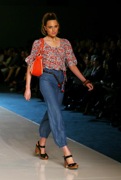 Scooped Neck「Myer Spring/Summer Collection Launch Sydney - Show」:写真・画像(1)[壁紙.com]