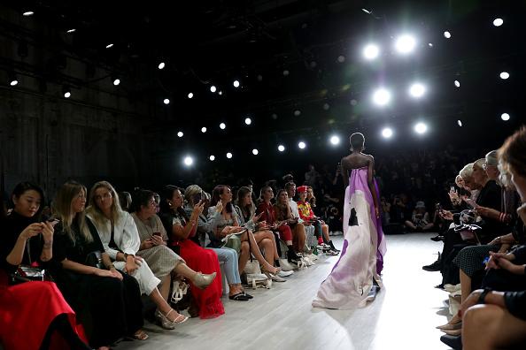 Australian Fashion Week「FDS: The Innovators - Runway - Mercedes-Benz Fashion Week Australia 2019」:写真・画像(19)[壁紙.com]