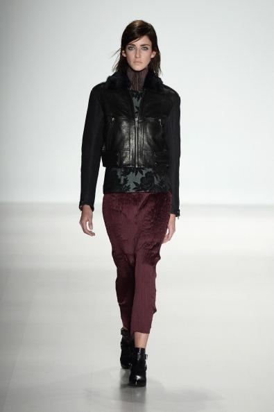 Leather Jacket「Richard Chai - Runway - Mercedes-Benz Fashion Week Fall 2014」:写真・画像(11)[壁紙.com]