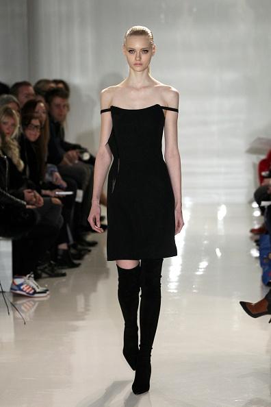 Strap「Ralph Rucci - Runway - Mercedes-Benz Fashion Week Fall 2014」:写真・画像(11)[壁紙.com]