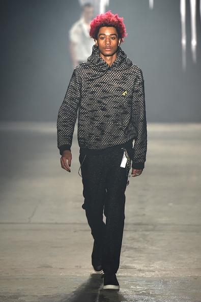 Black Color「Rochambeau - Runway - NYFW: Men's」:写真・画像(16)[壁紙.com]