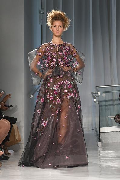 Embroidery「Reem Acra - Runway - September 2016 - New York Fashion Week」:写真・画像(11)[壁紙.com]