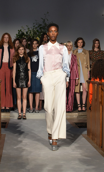 Pale Pink「ALEXACHUNG London Launch Collection Party」:写真・画像(14)[壁紙.com]