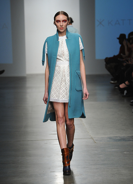 Chelsea Piers「Katty Xiomara - Runway - Mercedes-Benz Fashion Week Fall 2015」:写真・画像(13)[壁紙.com]
