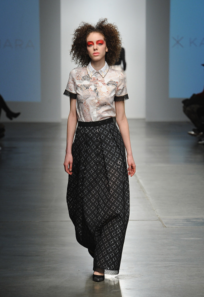 Chelsea Piers「Katty Xiomara - Runway - Mercedes-Benz Fashion Week Fall 2015」:写真・画像(17)[壁紙.com]