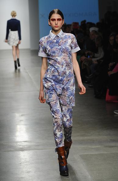 Blue Pants「Katty Xiomara - Runway - Mercedes-Benz Fashion Week Fall 2015」:写真・画像(12)[壁紙.com]