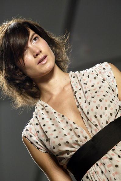 Extreme Close-Up「Jennifer Nicholson Spring 2005 - Runway」:写真・画像(10)[壁紙.com]