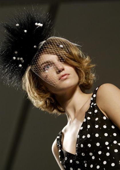 Extreme Close-Up「Jennifer Nicholson Spring 2005 - Runway」:写真・画像(12)[壁紙.com]