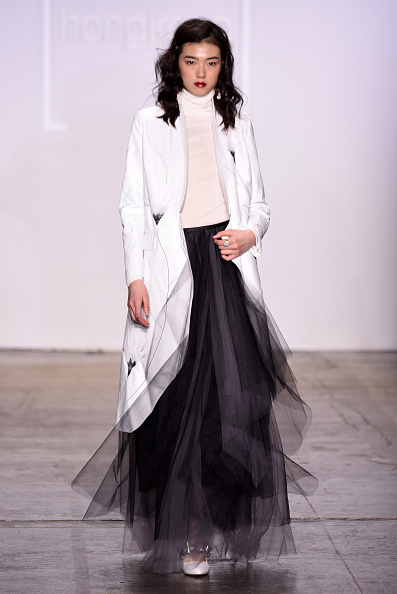Tulle Netting「Fashion Hong Kong FW19 Collections: 112 MountainYam, Anveglosa, and Heaven Please+ - Runway」:写真・画像(5)[壁紙.com]