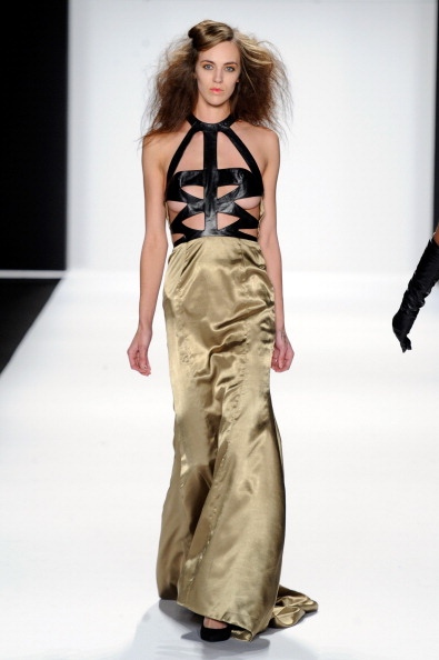 Halter Top「Mercedes-Benz Fashion Week Fall 2014 - Official Coverage - Best Of Runway Day 8」:写真・画像(2)[壁紙.com]