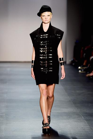 Cuff Bracelet「Concept Korea - Runway - Spring 2016 New York Fashion Week: The Shows」:写真・画像(4)[壁紙.com]