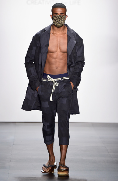 Only Men「The Art Institutes - Runway - Spring 2016 New York Fashion Week: The Shows」:写真・画像(18)[壁紙.com]