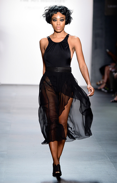 黒「The Art Institutes - Runway - Spring 2016 New York Fashion Week: The Shows」:写真・画像(1)[壁紙.com]