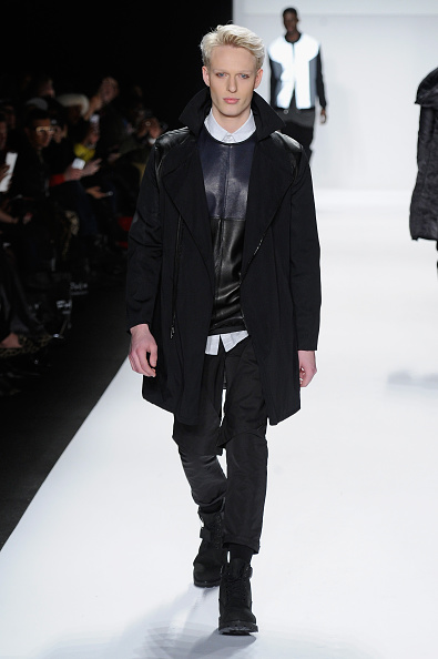 Black Coat「Mercedes-Benz Fashion Week Fall 2014 - Official Coverage - Best Of Runway Day 8」:写真・画像(17)[壁紙.com]