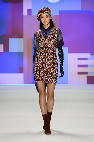 Headwear「Desigual - Runway - Fall 2016 New York Fashion Week: The Shows」:写真・画像(2)[壁紙.com]