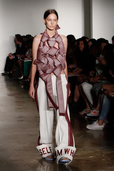 Halter Top「Parsons MFA - Presentation - MADE Fashion Week Spring 2015」:写真・画像(16)[壁紙.com]