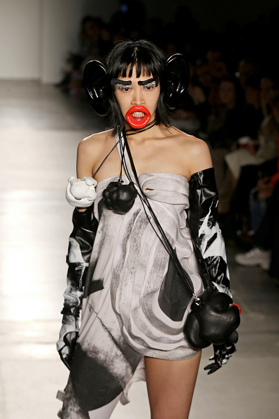 Organized Group「Fashion Institute Of Technology's Fine Art Of Fashion And Technology Show」:写真・画像(9)[壁紙.com]