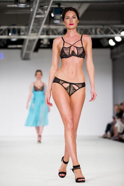 Bra「Graduate Fashion Week 2014 - Day 2」:写真・画像(6)[壁紙.com]
