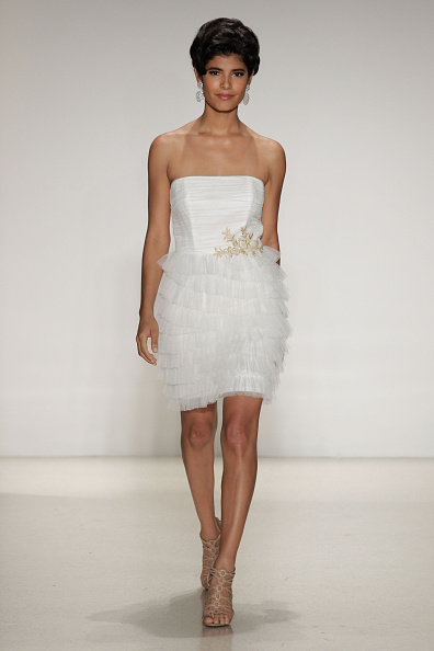 Embellishment「Spring 2015 Bridal Collection - Alfred Angelo - Show」:写真・画像(18)[壁紙.com]