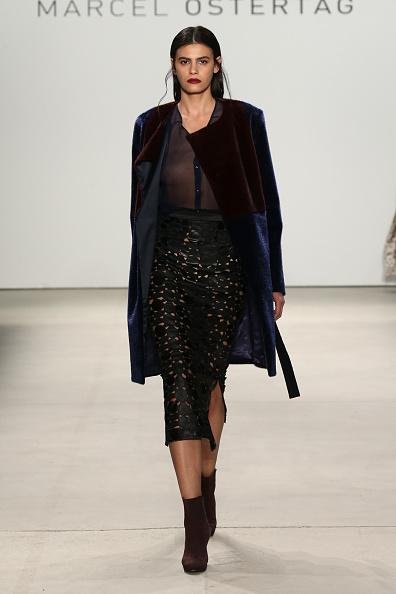Sheer Fabric「Marcel Ostertag - Runway - Fall 2016 New York Fashion Week: The Shows」:写真・画像(0)[壁紙.com]