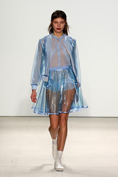 Button Down Shirt「Marcel Ostertag - Runway - Fall 2016 New York Fashion Week: The Shows」:写真・画像(7)[壁紙.com]