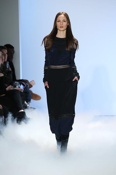 Neilson Barnard「Nicole Miller - Runway - Fall 2016 New York Fashion Week: The Shows」:写真・画像(4)[壁紙.com]