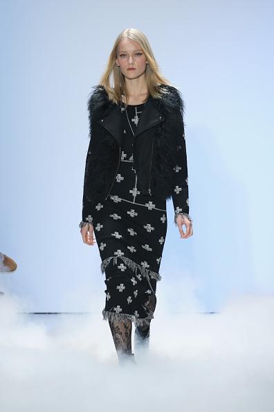 Neilson Barnard「Nicole Miller - Runway - Fall 2016 New York Fashion Week: The Shows」:写真・画像(5)[壁紙.com]