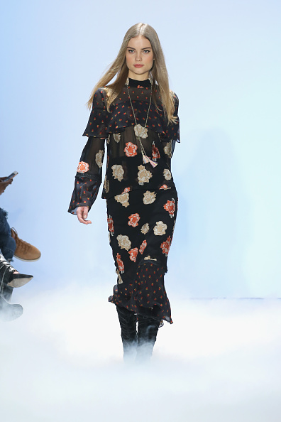 Neilson Barnard「Nicole Miller - Runway - Fall 2016 New York Fashion Week: The Shows」:写真・画像(10)[壁紙.com]
