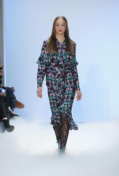 Neilson Barnard「Nicole Miller - Runway - Fall 2016 New York Fashion Week: The Shows」:写真・画像(8)[壁紙.com]