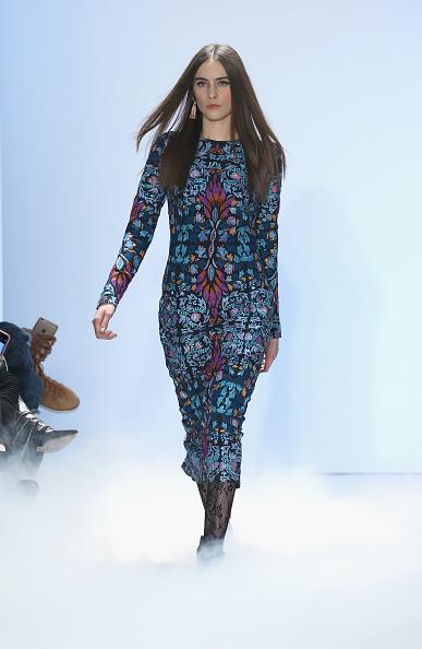 Neilson Barnard「Nicole Miller - Runway - Fall 2016 New York Fashion Week: The Shows」:写真・画像(12)[壁紙.com]